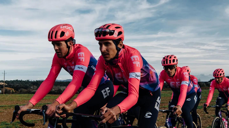 La tuta da ciclismo EF Education First-Drapac collabora con Rapha